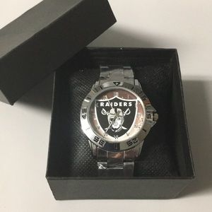 ▪️New Oakland Raiders Watch With Box